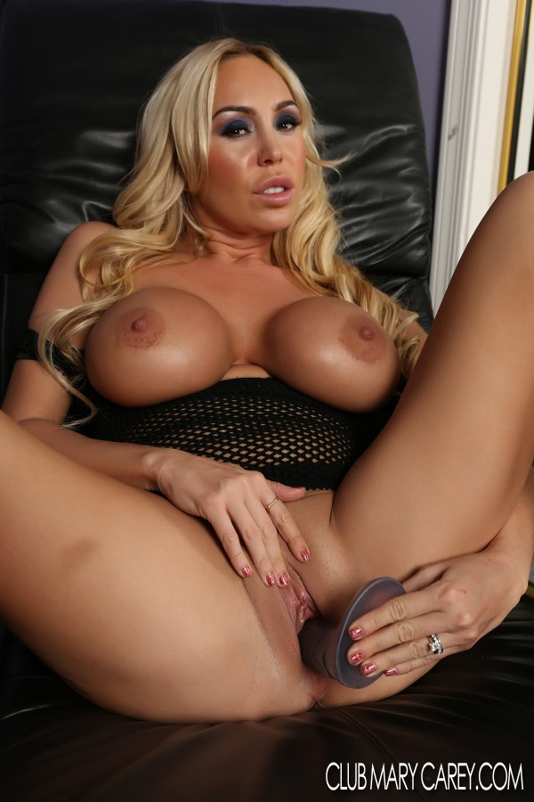 mary carey nude big boobs