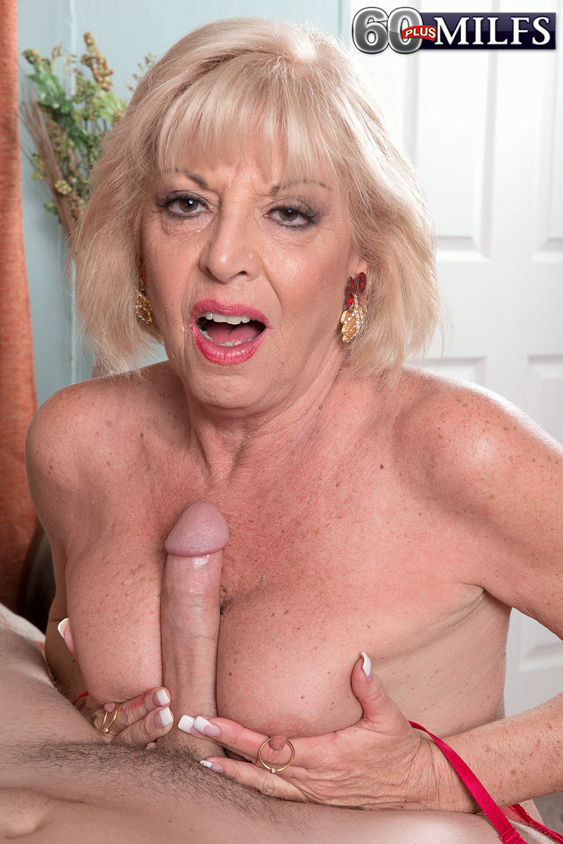 60 Plus Gilfs free porn samples of 60 plus milfs - old mature granny fuck