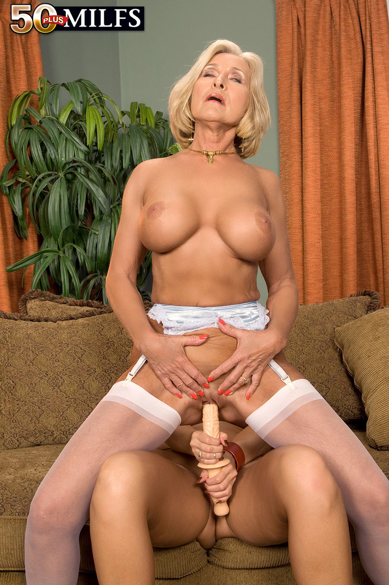 free porn samples of 50 plus milfs - mature milf old women sex porn
