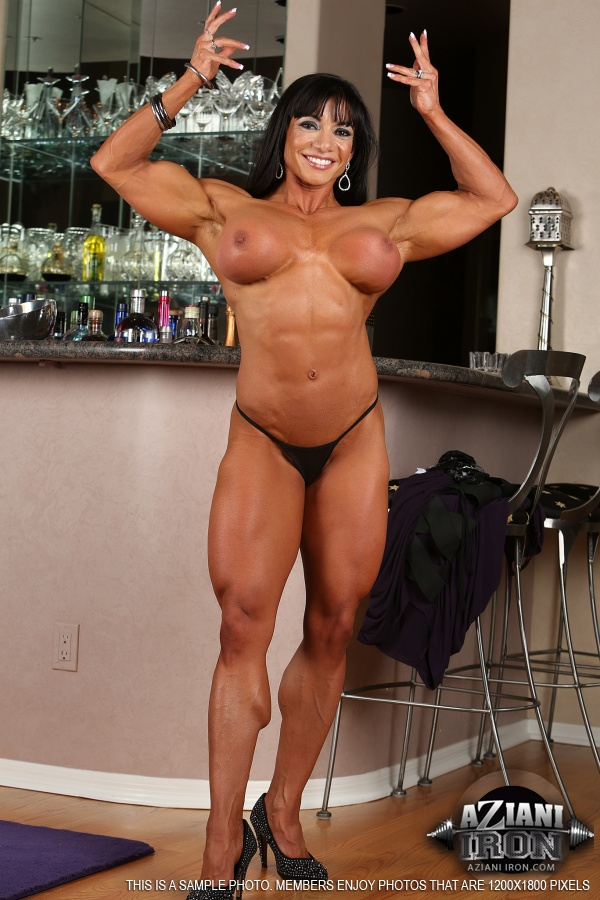 bodybuilder porn female Free