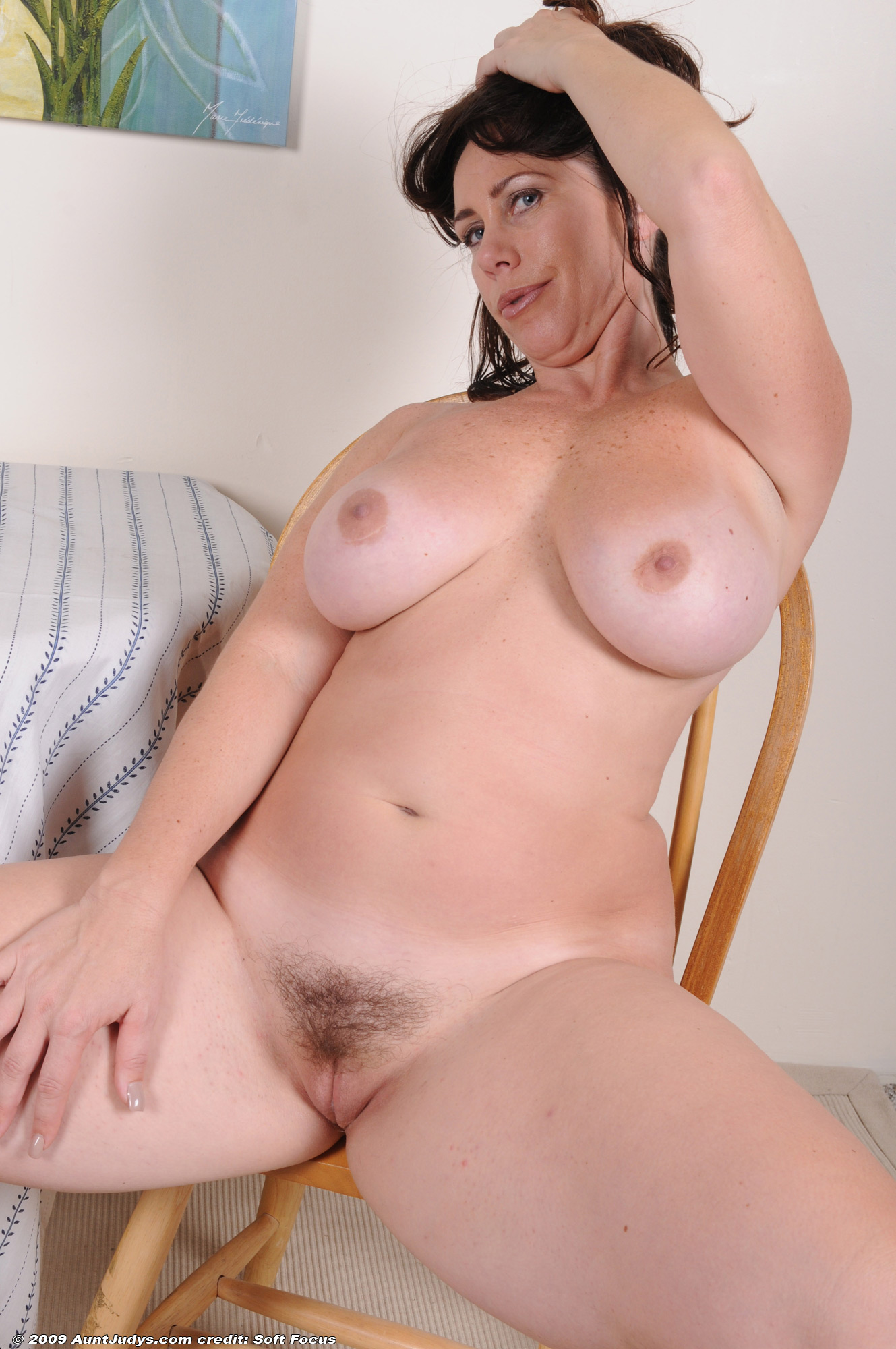 Violet monroe has a huge fake cock for her pussy 10