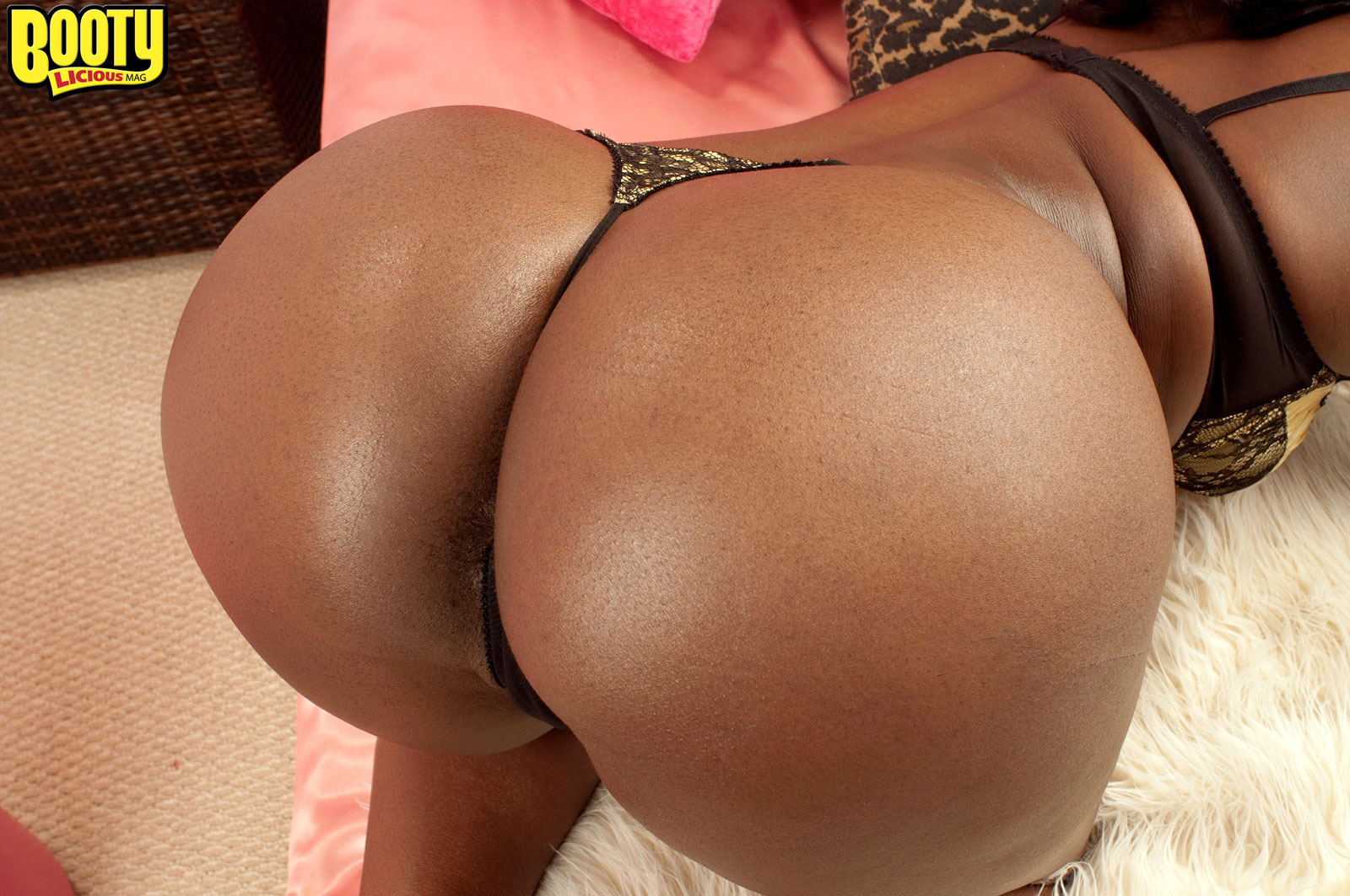 Free Porn Samples Of Bootylicious Mag - Best Big Butts -9152