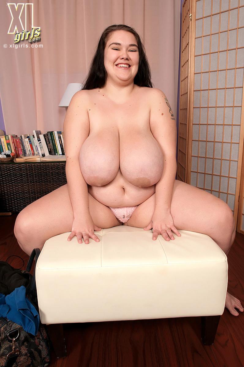 Free hairy female butt videos