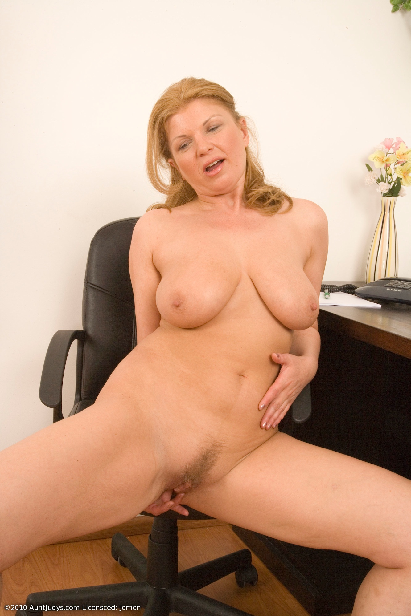 blonde milf tits European mature