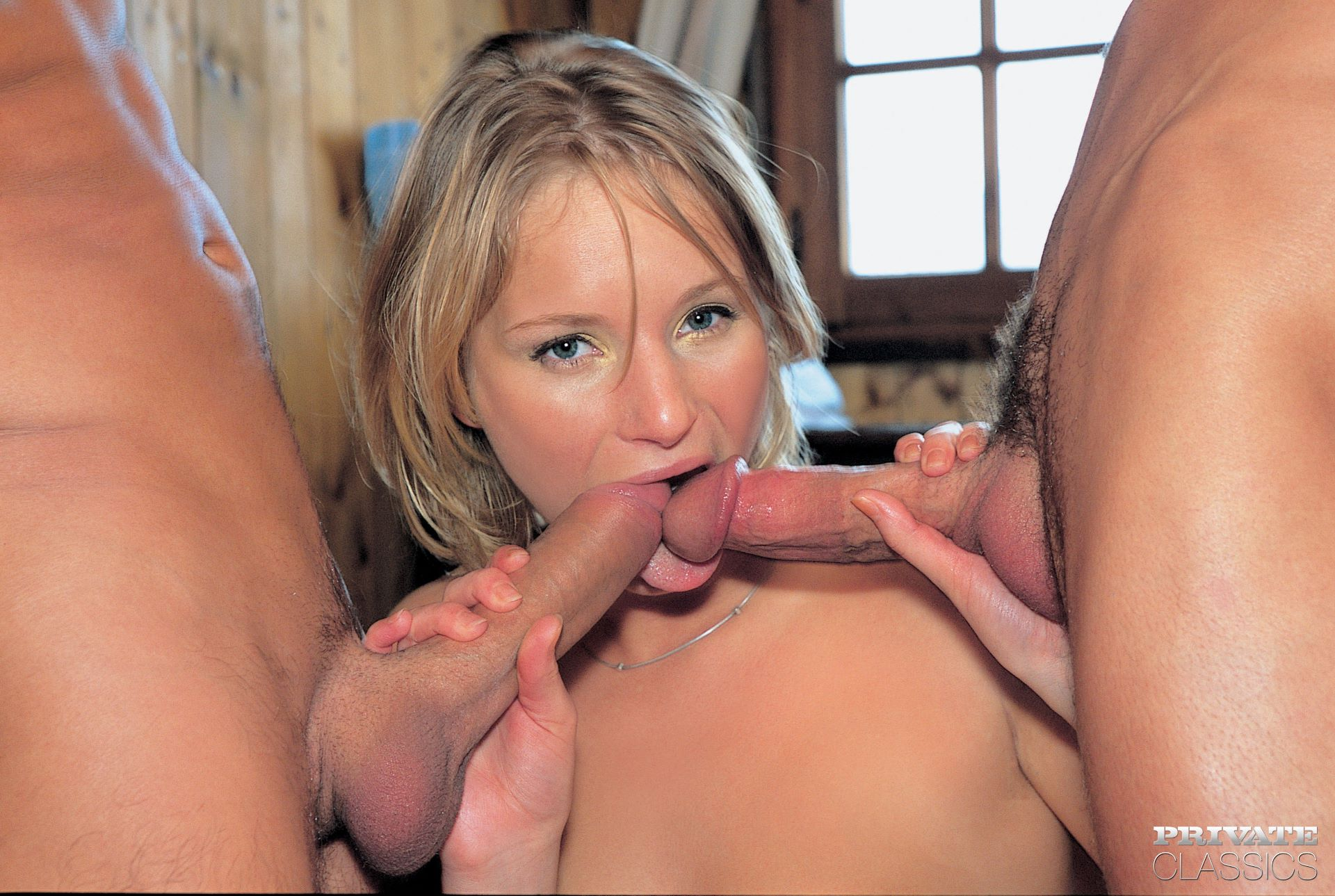 Black gal pussy ful sceen