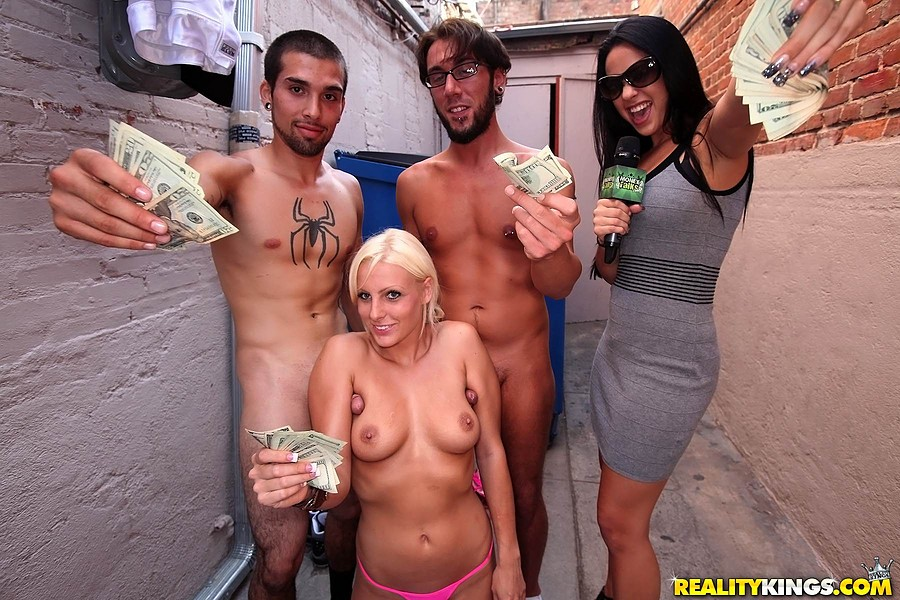 Money talks xxx amatuer pics