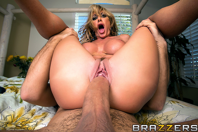 Milfs like it big free porn