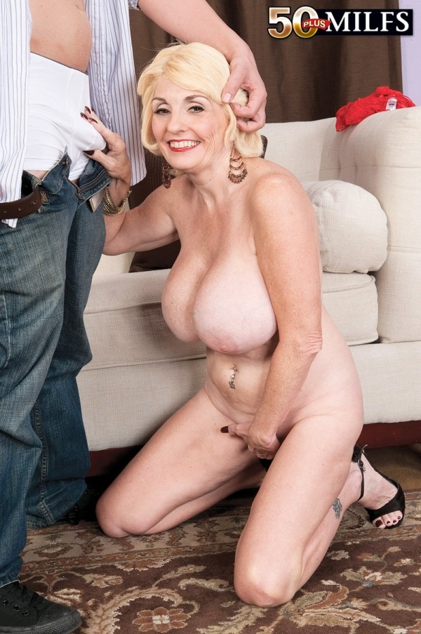 Old milfs with huge tits