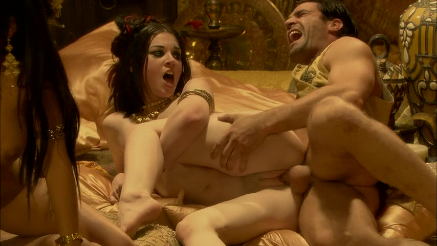 Порно фильм король попадает в будущее, шикарные ножки смотреть стриптиз онлайн порно