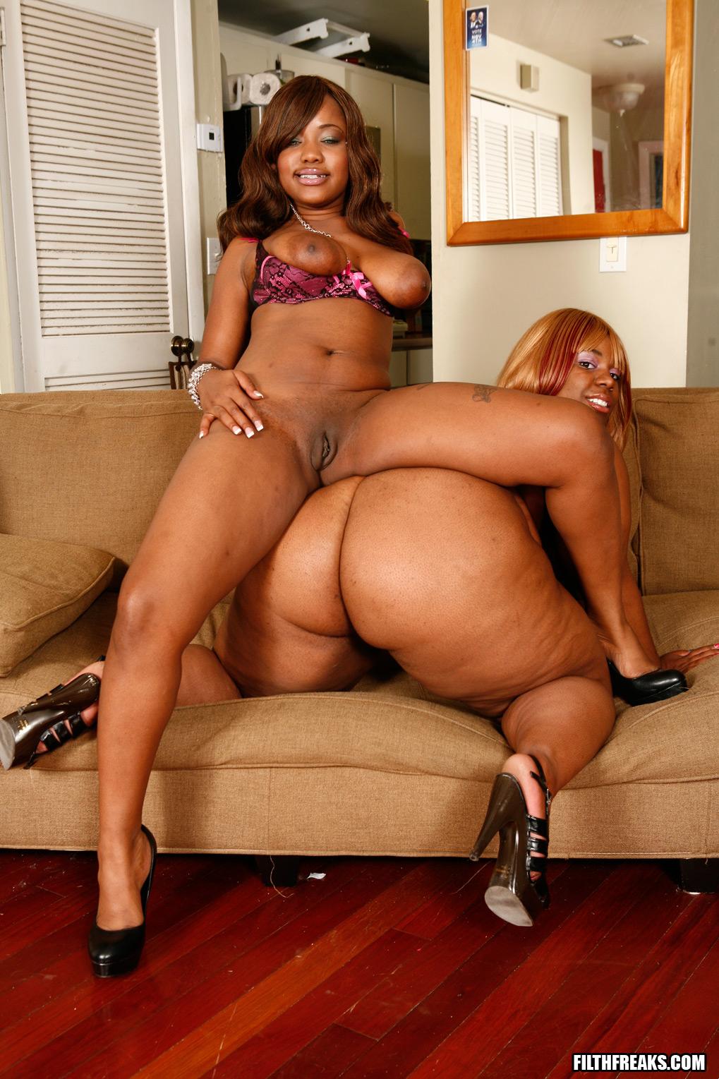 Horny Black Lesbian Porn
