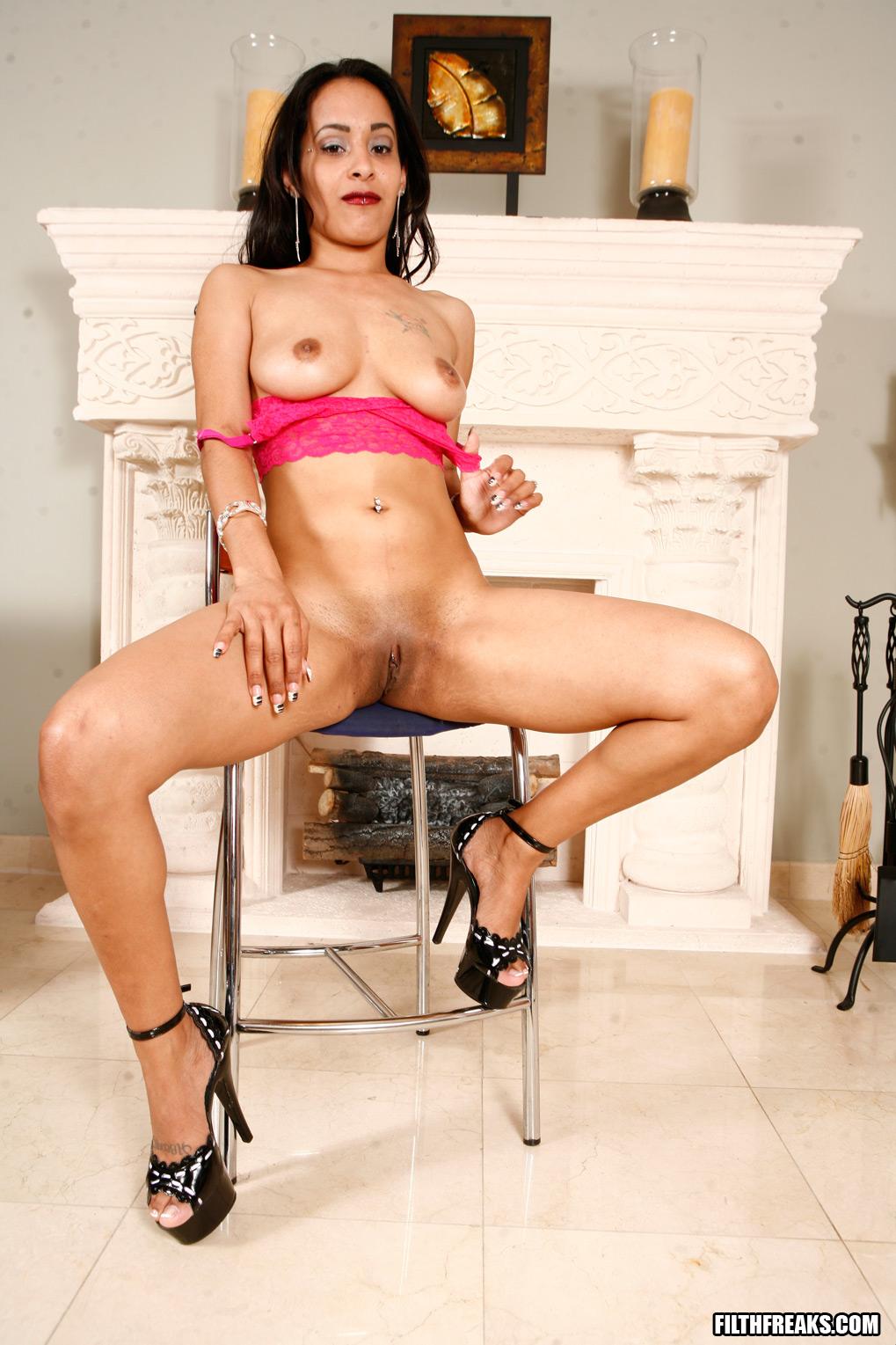 Enjoys Some Tight Latina