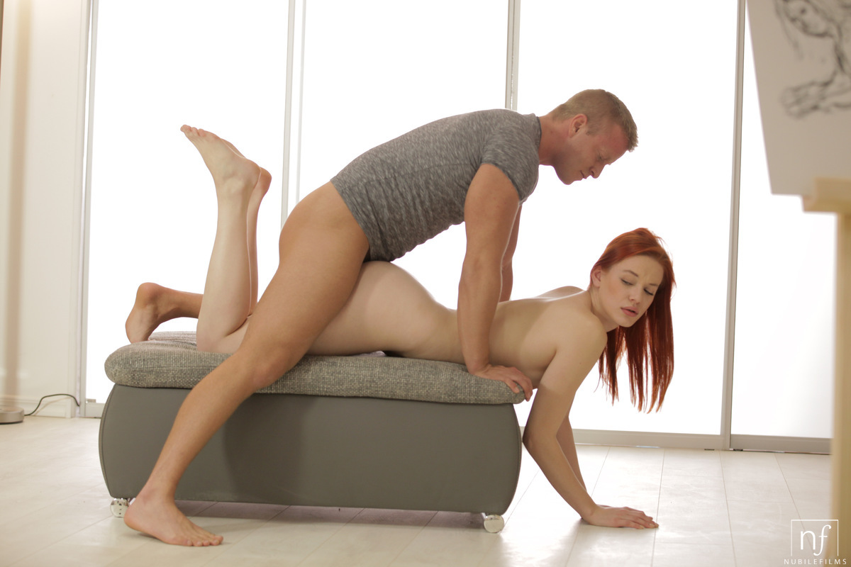 Hot redhead babe fucks hard in real sextape